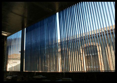 Lames verticals interiors protecció solar RCR